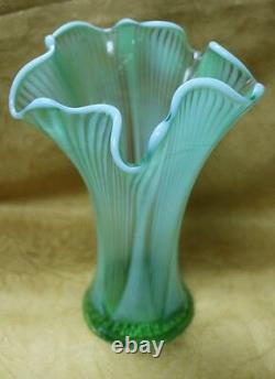 Antique EAPG Northwood Opalescent Green Glass 8.5 Vase Sweet