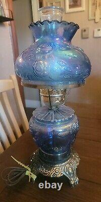 Vintage Carnival Glass Iridescent Gone With The Wind Lamp